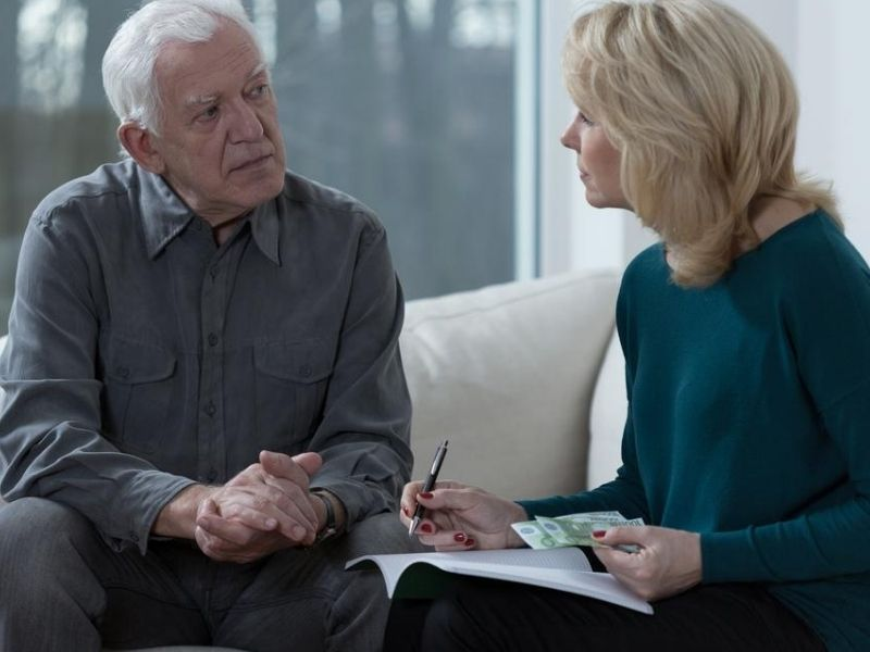 Old marriage sitting and solving financial difficulties